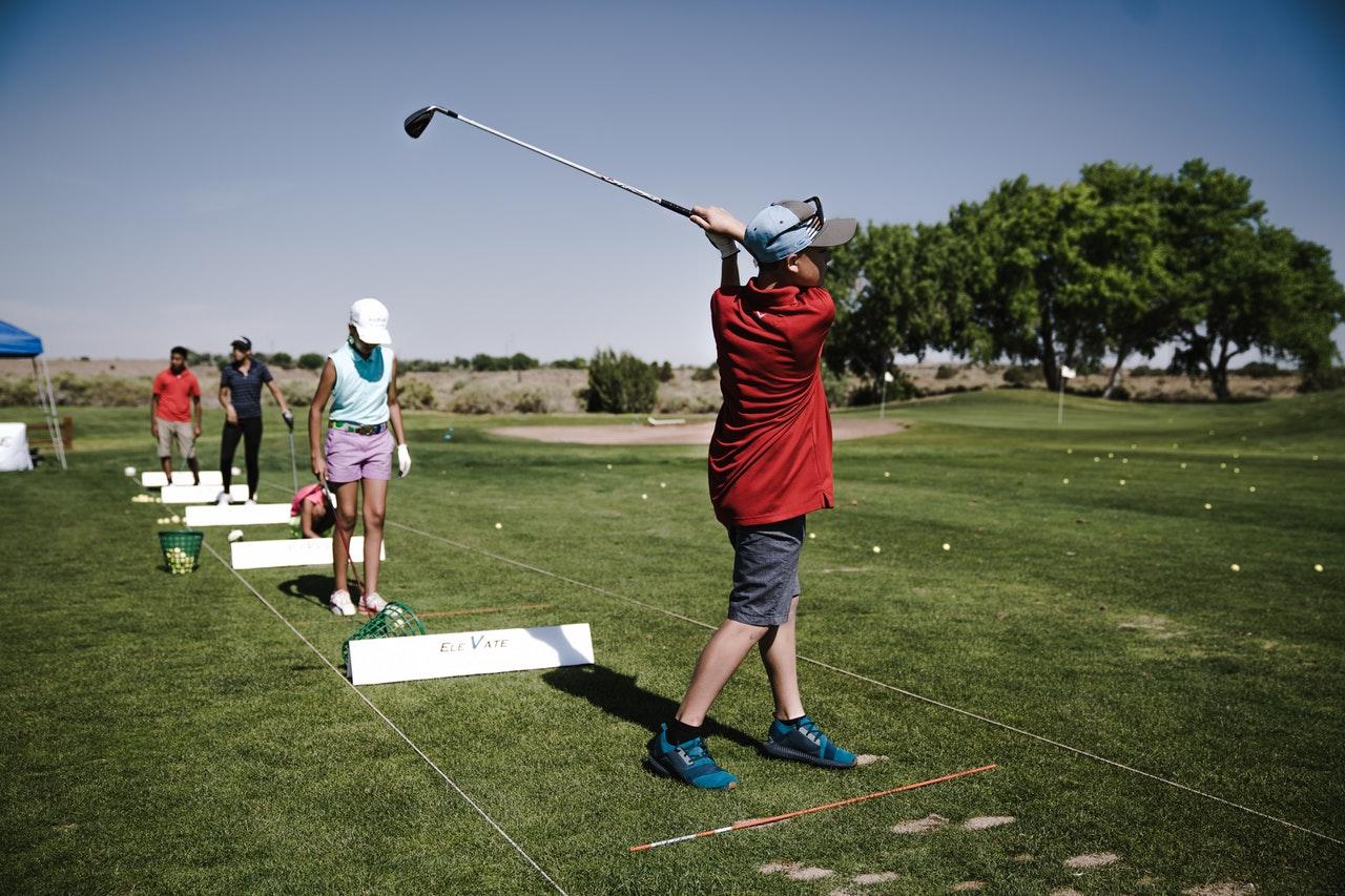Golfklubbor och golfklubbar